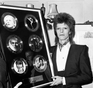 David Bowie, Rules Restaurant, 1973, RCA Records, presentation