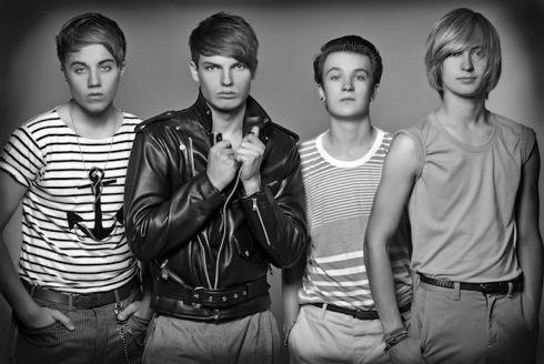 Paradise Point,Brit pop,Cameron Jones, Roman Kemp,Adam Saunderson, Johnnie Shinner,livepop