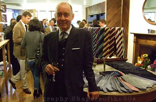 drakes-london,Stephen Linard,British tailoring, haberdashery,Drake's,Michael Hill,luxury shops, Clifford Street , London