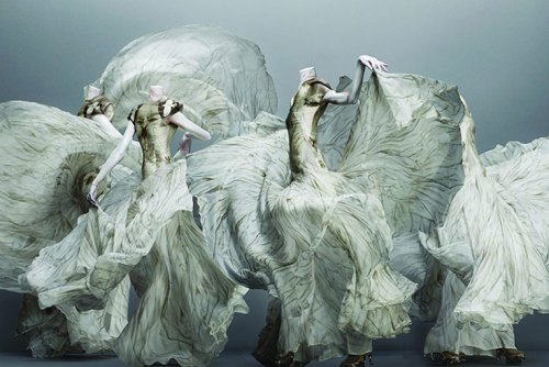 Alexander McQueen , fashion,Savage Beauty,Metropolitan Museum of Art ,New York,