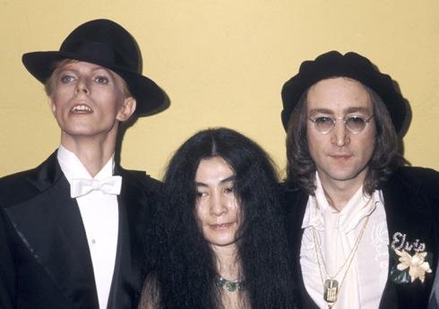 David Bowie , Yoko Ono, John Lennon, Grammys