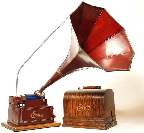 Batteries Not Needed This 1909 Edison Gem D Cylinder Phonograph
