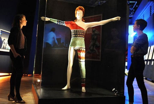 Kansai Yamamoto ,V&A ,exhibition, British Design, Ziggy Stardust, David Bowie,costumes