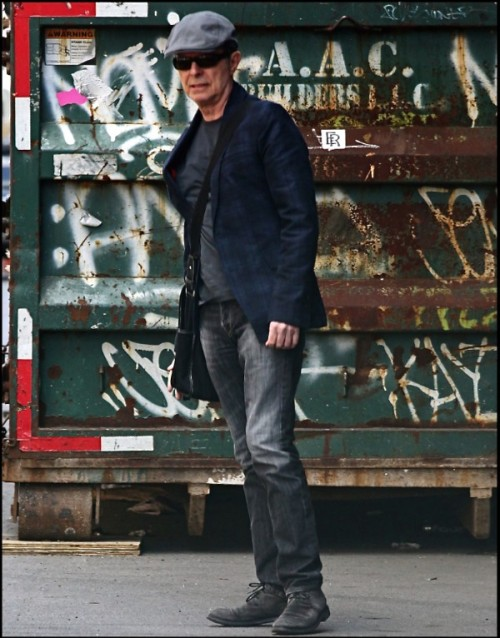 David Bowie, New York City, cab, paparazzi