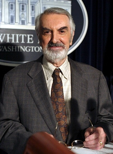 O'Shea as chief justice Ashland in The West Wing 2003-04. © NBCU Photo Bank