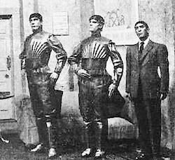 The world's first robots: inrobots, Karel Čapek, RUR , theatre