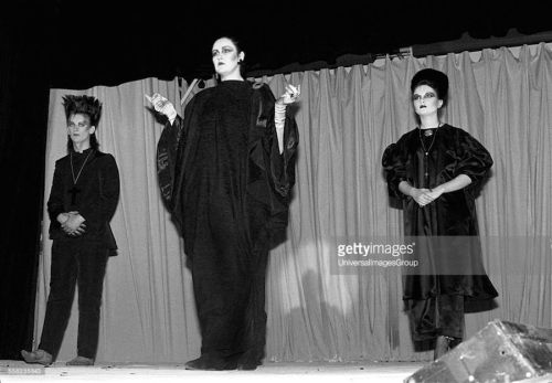 St Martin's School of Art, Blitz Kids, New Romantics, George O'Dowd, Fiona Dealey, Princess Julia,Alternative Fashion Show ,Stephen Linard, Neon Gothic, fashion, 1980,