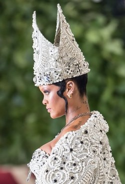 Vogue, millinery, Stephen Jones,Fashion, Rihanna, Social trends ,