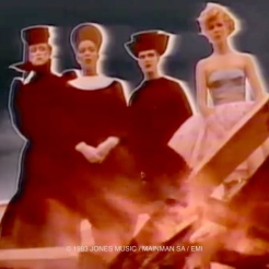 Ashes To Ashes, David Bowie, video, pop music,Ashes To Ashes, Steve Strange, Judith Frankland, Darla-Jane Gilroy, Elise Blazier
